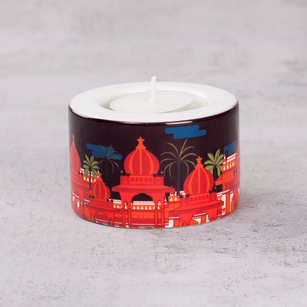 Red Evening Pagoda T-Light Holder