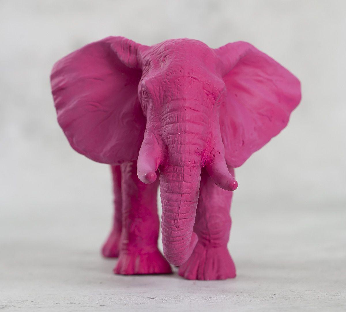 India Circus Magento Baby Elephant Figurine