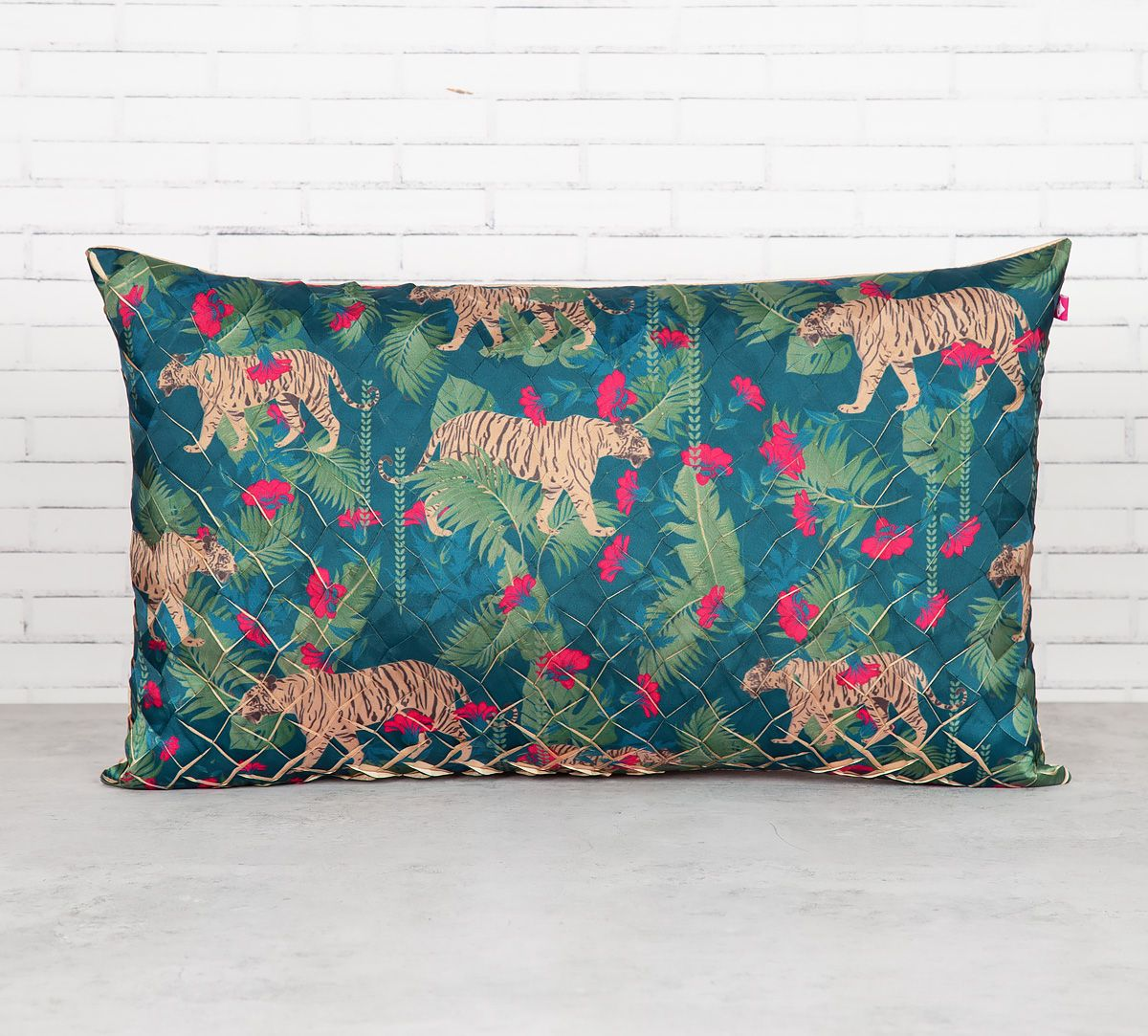 India Circus Tropical Tiger Decorative Scale Cushion Cover
