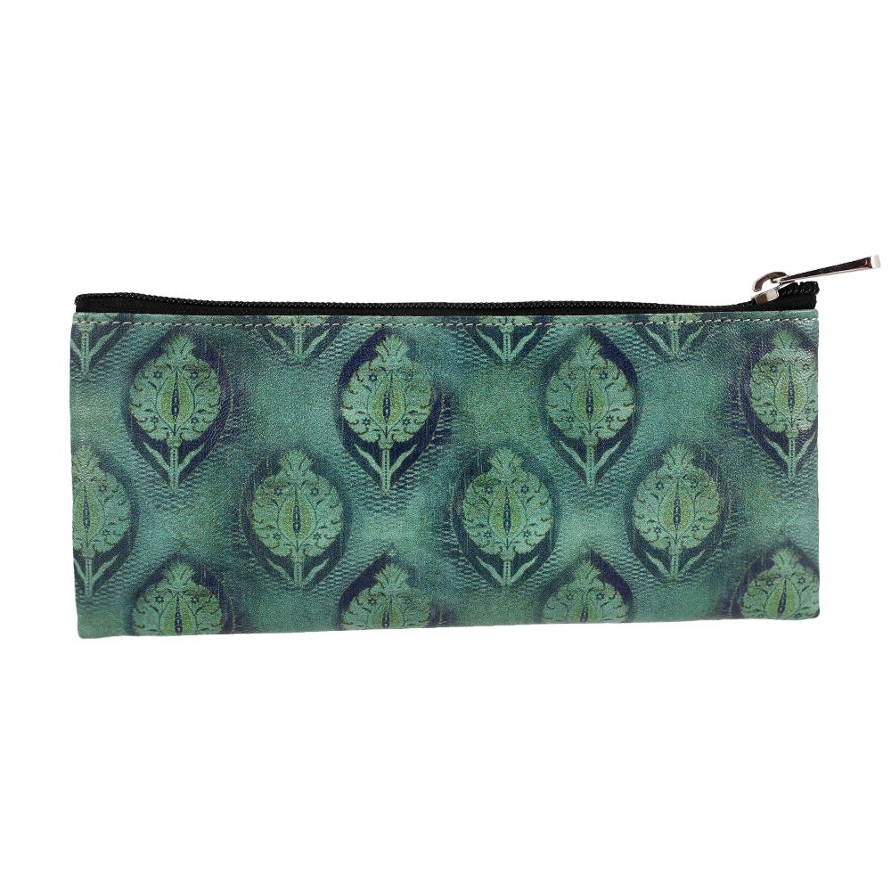 Tres Belle Small Utility Pouch