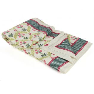 India Circus Blooming Dahlia Quilted Bed Cover Set